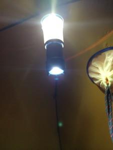 超コンパクトで明るいランタンブラックダイヤモンドボイジャー