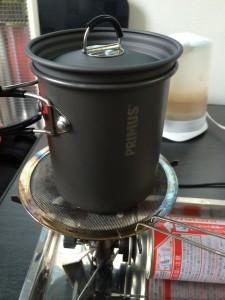 クッカーの炊飯の方法