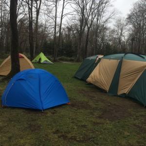 北海道夕張郡由仁町にある古山貯水池自然公園オートキャンプ場で初春のキャンプ