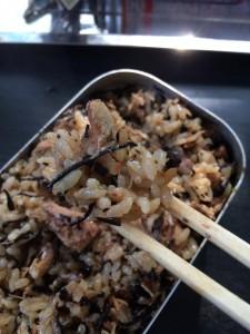 マスティンで作る鯖の炊き込みご飯の味