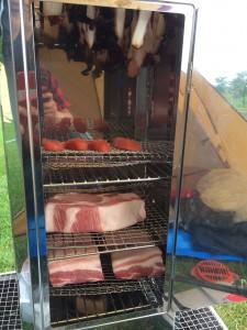 豚ロース肉の燻製をユニフレームFS-600で作る