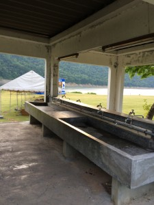 岩尾内湖白樺キャンプ場の水場