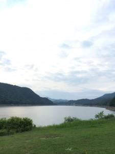 岩尾内湖白樺キャンプ場は湖を一望できる