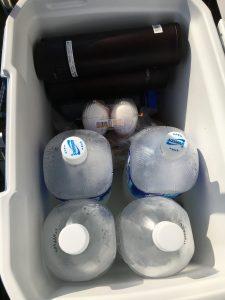 コールマンのエクストリームクーラーで氷を二日間持たせる