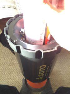 SOTO虫の寄りにくいランタンST-233ガス缶を挿す向き