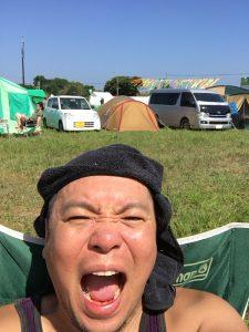 キャンプ王の編集長自撮り