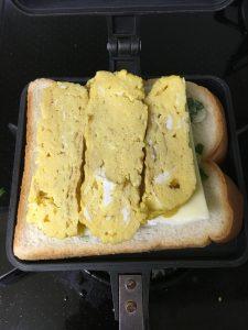 バウルーで作る卵焼きサンドイッチ