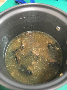 モンベルのクッカーで炊き込みご飯を作る方法