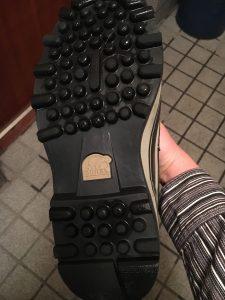 ソレルのカリブーの靴底は雪道に強い