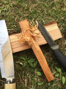 熊退治用ナタとナイフ