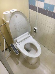 栗山さくらキャンプ場のウォッシュレットトイレ