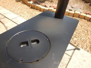 薪ストーブの塗装が焼ける煙
