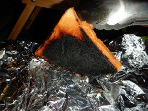 薪ストーブでパンを焼く