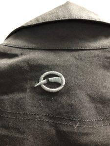 謎のゴアテックスジャケットのロゴ