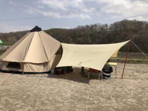 ローベンスクロンダイクグランデをプライベートキャンプ場で初張り